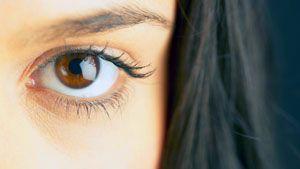 На фото: Маски для кожи вокруг глаз
