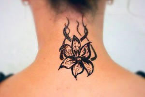 На фото: Татуировки хной в домашних условиях