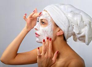 На фото: Очищающие маски для лица